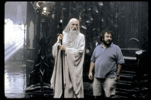 Saruman-and-Peter-Jackson-LOTR-behind-the-scenes